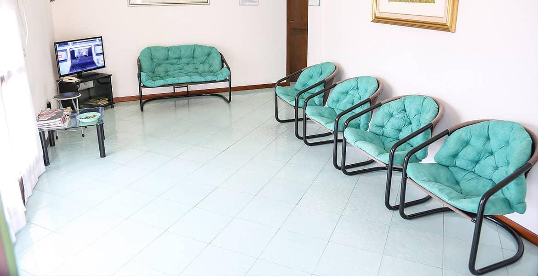 Dentista Olbia: sala d'attesa