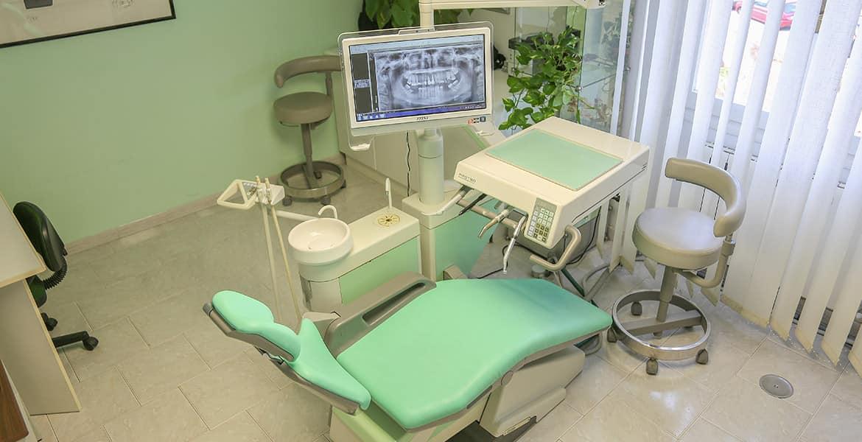 Dentista Sassari: studio Via Oriani 4